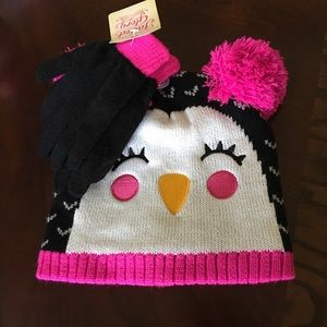 Other - Girls Beanie and Gloves Set